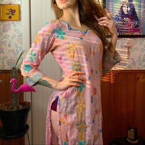Vintage Pink Caftan Style Tunic Coverup Top